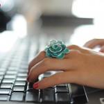Khuyến mãi Mobifone tặng 50% khi nạp Online ngày 20/8/2015