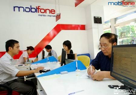 Khuyen mai 50 cuoc phi khi thanh toan tra sau Mobifone thang 10