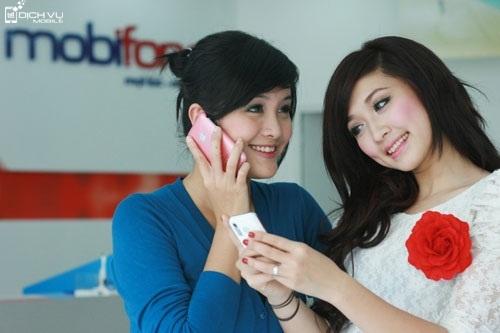 Khuyen mai hoa mang Mobifone tra sau thang 11-2015