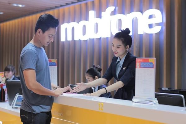 """chương trình khuyen mai """" chi mua data, bao ca nhan goi"""" mang mobifone"""