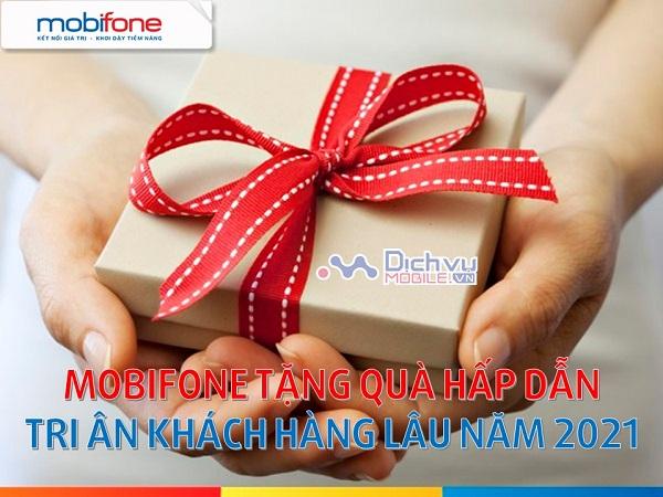 Mobifone tặng quà tri ân khách hàng lâu năm